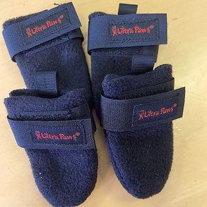 Like new Ultra Paws dog boots-for little dogs🐶